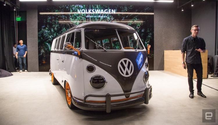 Volkswagen представила прототип электрического микроавтобуса Type 20
