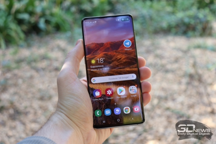 """Samsung обвинили в обмане потребителей по поводу водонепроницаемости смартфонов Galaxy S"""""""