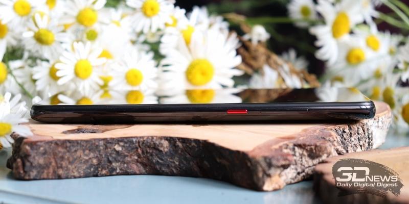Xiaomi Mi 9T, правая грань: клавиши включения/блокировки и регулировки громкости/спуска затвора камеры