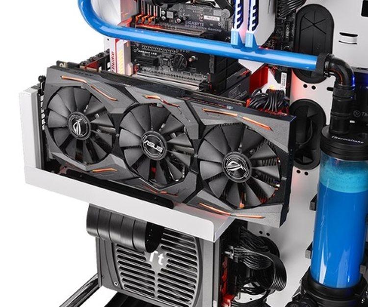 """Видеокарты AMD серии Radeon RX 5700 пока не дружат с райзерами"""""""