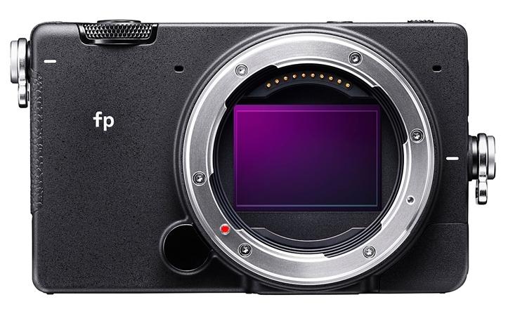 """Sigma fp: полнокадровая фотокамера со сменной оптикой"""""""