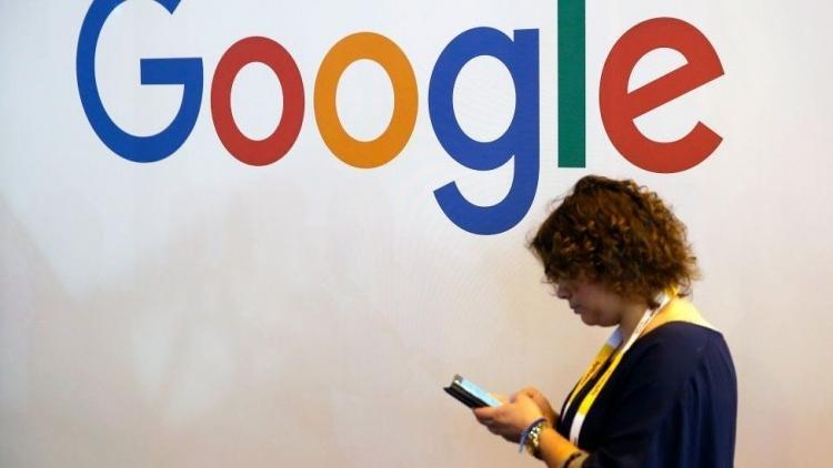 "Франция ввела налог на доход технологических гигантов, несмотря на противодействие США"""