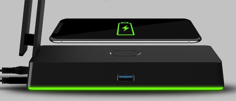 """Cooler Master GS750: подставка для гарнитуры с поддержкой беспроводной зарядки Qi"""""""