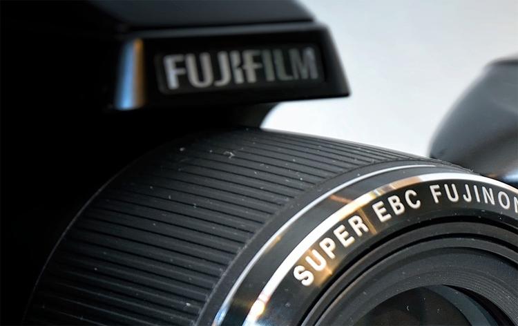 """Фотокамеры Fujifilm могут получить сенсорный дисплей в верхней части корпуса"""""""