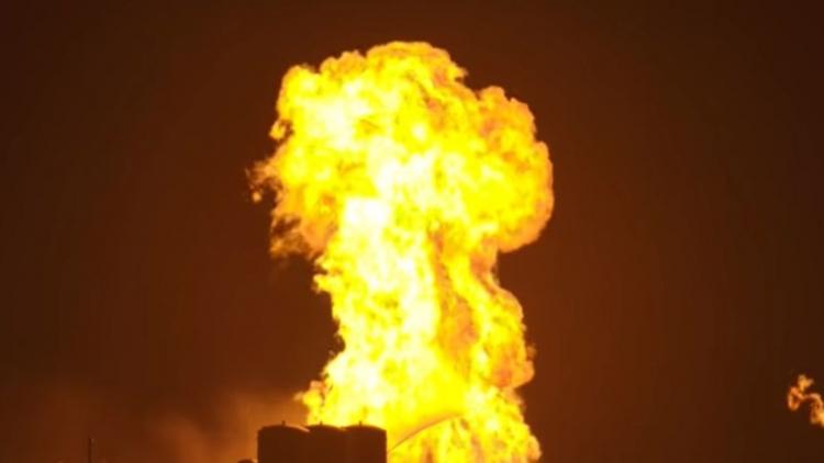"Ракета SpaceX Starhopper превратилась в огненный шар во время теста"""
