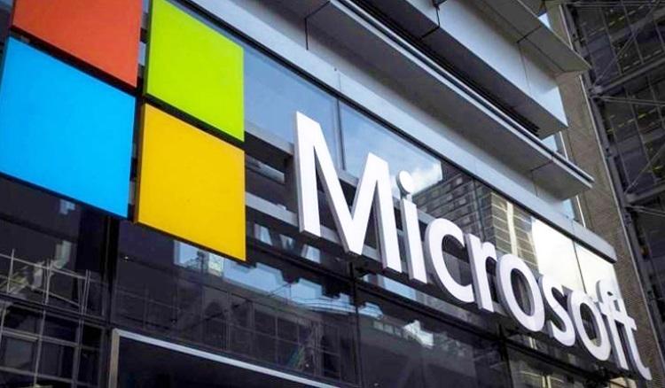 """Акции Microsoft продолжают расти благодаря облачному бизнесу"""""""