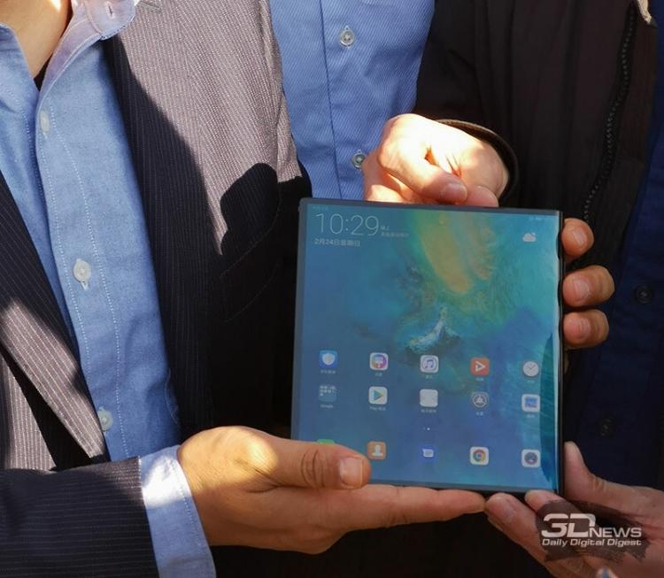 Huawei готовится кпродажам гибкого телефона Mate X
