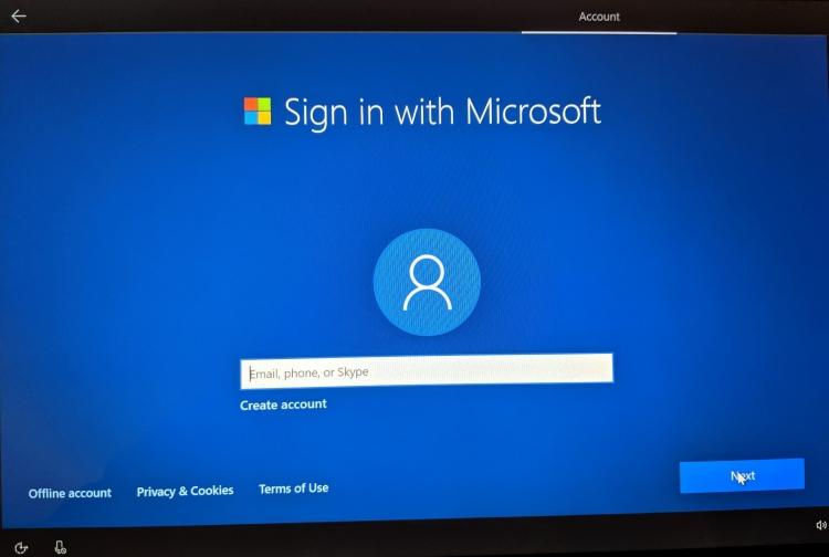 """Microsoft вынуждает пользователей использовать учётные записи компании. но это можно обойти"""""""