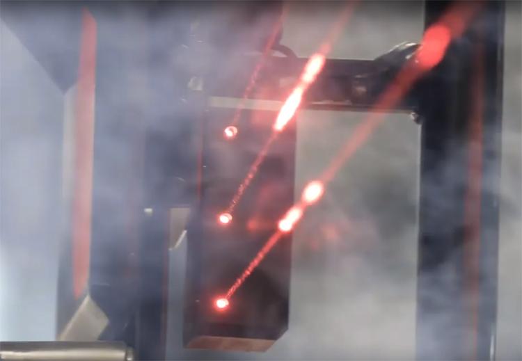 """Российские «умные» светофоры смогут проецировать на воздух лазерную «стену»"""""""