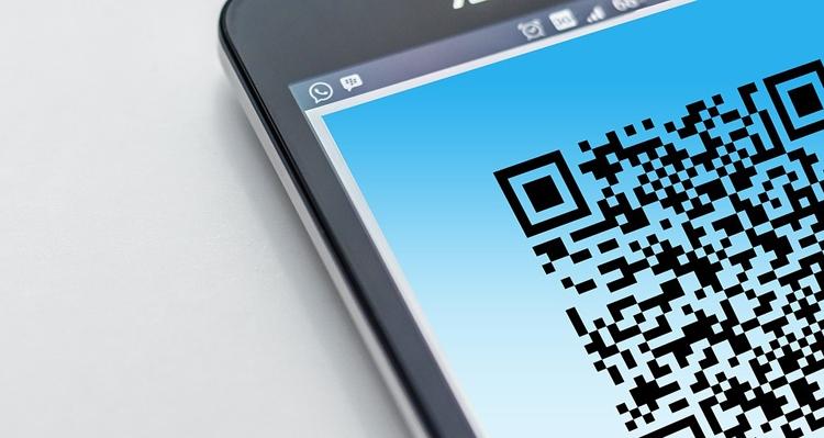 """Новый сервис «Сбербанка» позволяет оплачивать покупки по QR-коду"""""""