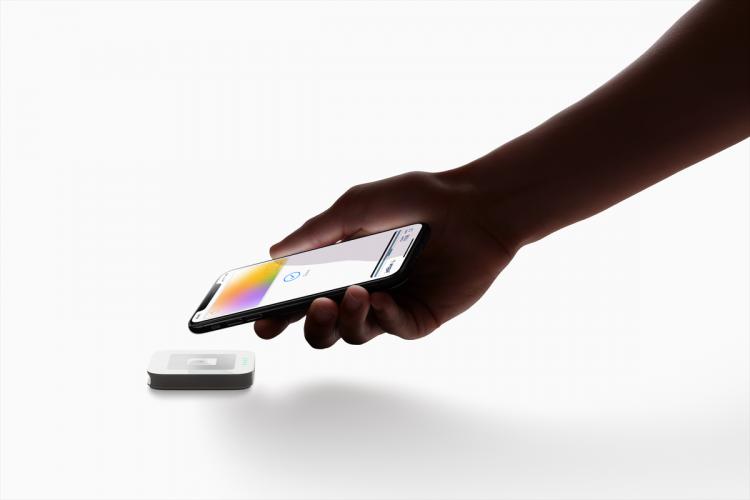 """Apple и Goldman Sachs приступили к выпуску виртуальной банковской карты Apple Card для потребителей"""""""