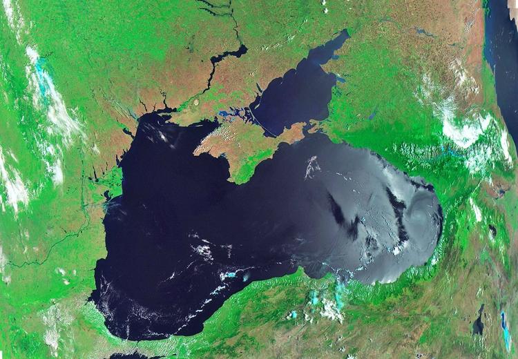 Чёрное море глазами спутника «Метеор-М» № 2 / ВНИИЭМ