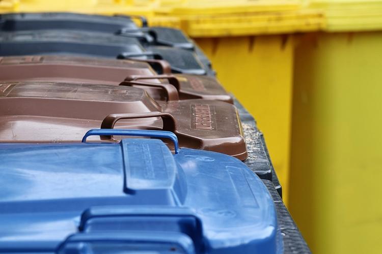 """В российских городах появятся «умные» мусорные контейнеры"""""""