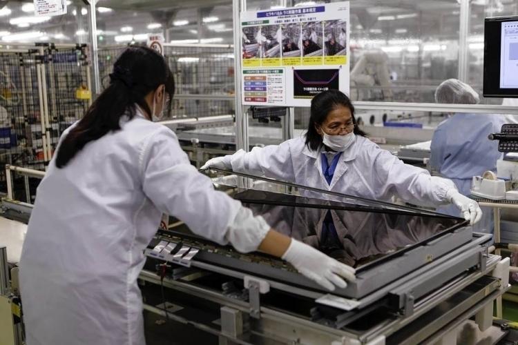 """Перепроизводство и конкуренция: Samsung решается на остановку производства LCD-панелей"""""""