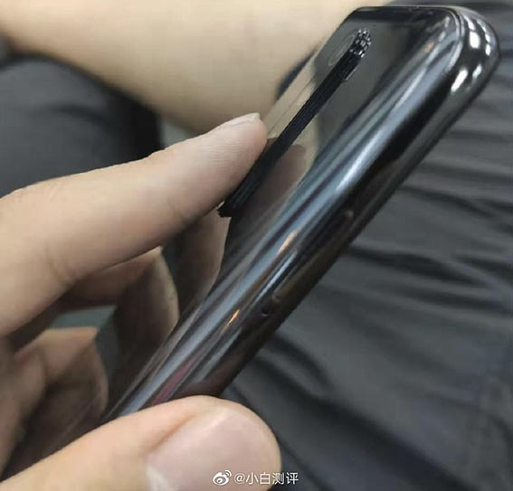 "64-Мп смартфон Redmi Note 8 засветился на живых снимках"""