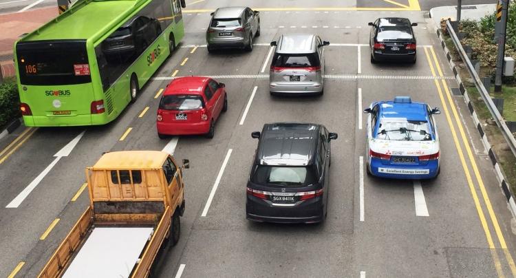 """Сингапур отверг рекламируемый Tesla «электрический образ» жизни"""""""