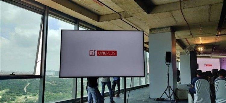 "В Сети появилось «живое» фото телевизора OnePlus TV"""