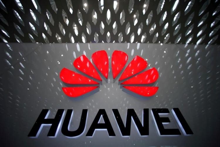 """Huawei ведёт переговоры о поставке 360 000 планшетов под управлением ОС Аврора"""""""