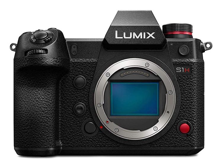 Камера Panasonic Lumix DC-S1H записывает видео в формате 6K