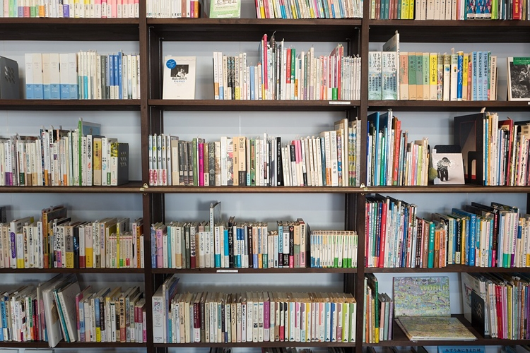 """«ВКонтакте» запретит распространение пиратских книг"""""""