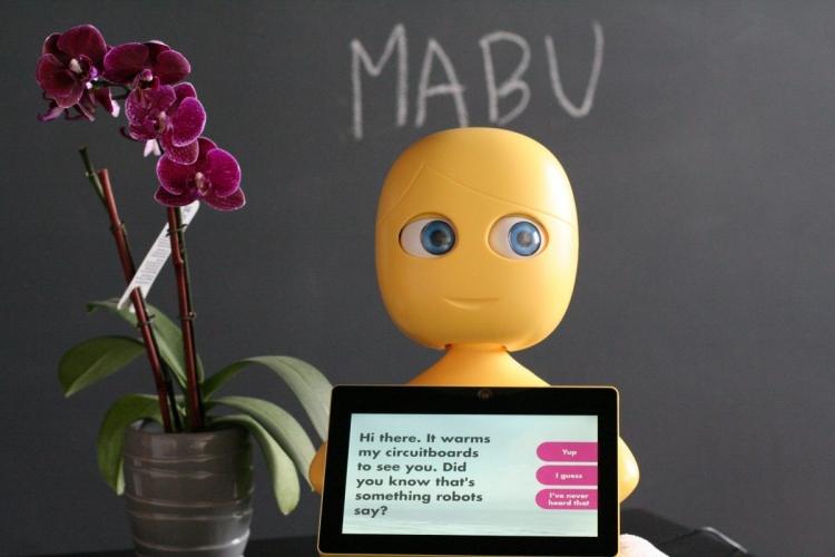 """Pfizer с помощью робота Mabu оценит влияние искусственного интеллекта на процесс лечения пациента"""""""