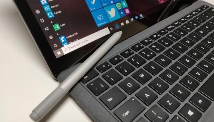 """В октябре Microsoft представит 15-дюймовый Surface Laptop 3"""""""