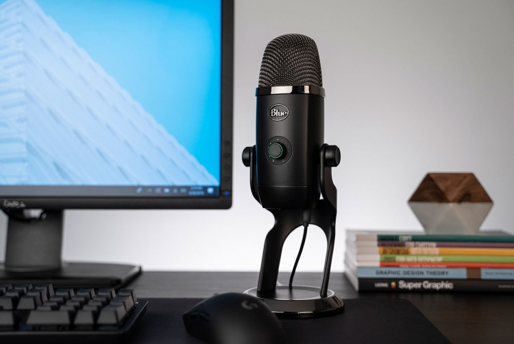 """USB-микрофон Blue Yeti X идеально подходит для подкастов и потокового вещания"""""""