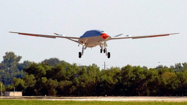 """Беспилотный заправщик Boeing MQ-25 завершил первый испытательный полёт"""""""
