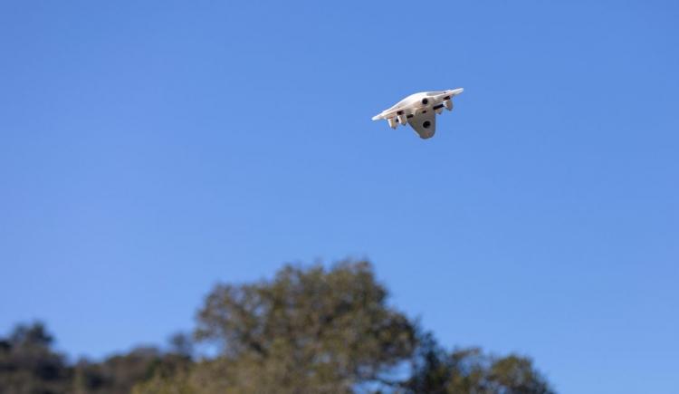 """Скоро дроны будут прибывать до эвакуатора при поломке автомобиля в дороге"""""""