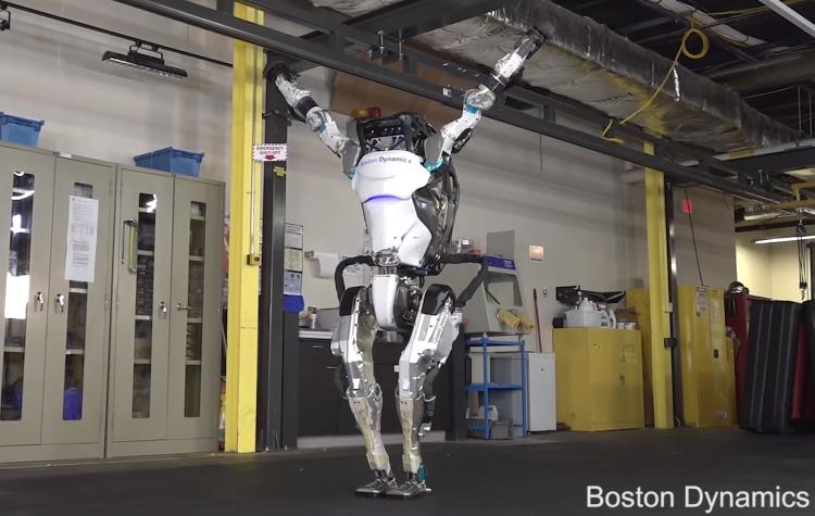"""Робот Atlas от Boston Dynamics научился выполнять впечатляющие трюки"""""""