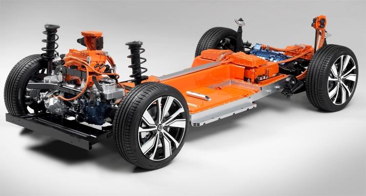 """Электромобиль Volvo XC40 станет одним из самых безопасных на дороге"""""""