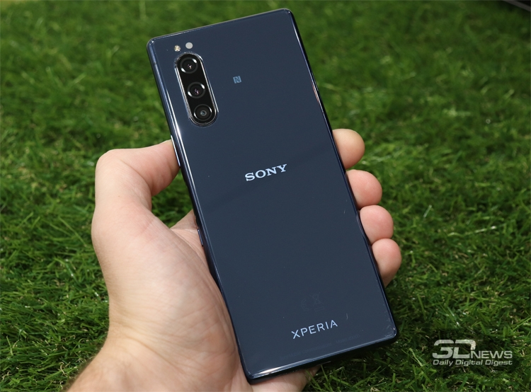 "Sony проектирует флагманский смартфон на будущем чипе Snapdragon 865"""