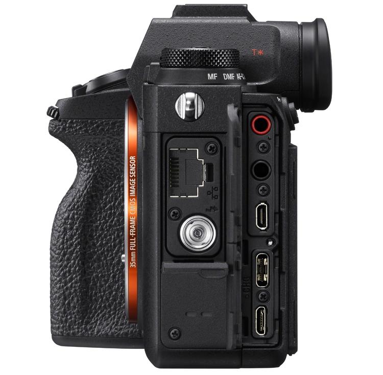 """Полнокадровая фотокамера Sony Alpha 9 II оснащена гигабитным Ethernet-портом"""""""