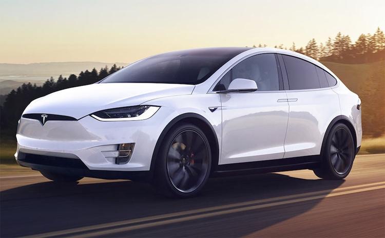 """Tesla позволит настраивать «голос» своих электромобилей"""""""