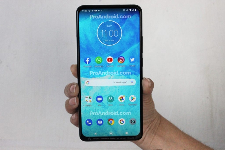 """Полностью рассекречен смартфон Motorola One: экран Full HD+ и чип Snapdragon 675"""""""