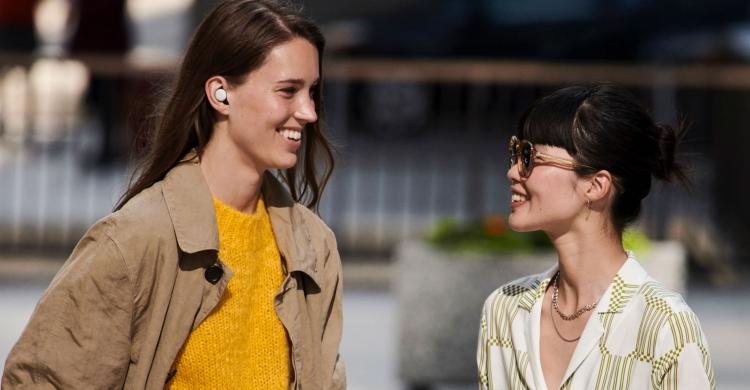 """Видео: умные беспроводные наушники Google Pixel Buds выйдут в 2020 году"""""""
