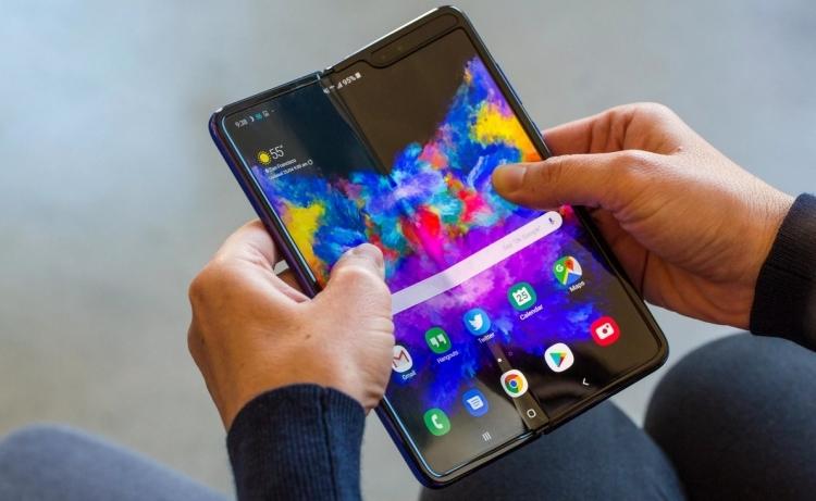 """Смартфон Samsung Galaxy Fold 2 может быть запущен весной 2020 года"""""""