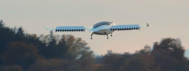 """Электролёт Lilium научился летать параллельно земной поверхности и маневрировать"""""""