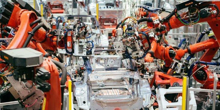 """Илон Маск уверен, что спрос на электромобили будет расти уверенными темпами"""""""