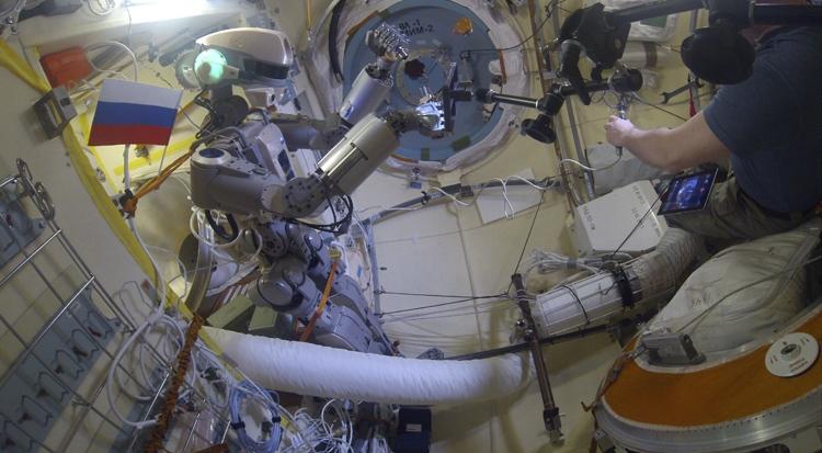 """Российский робот для работы в открытом космосе обретёт «лицо» весной"""""""