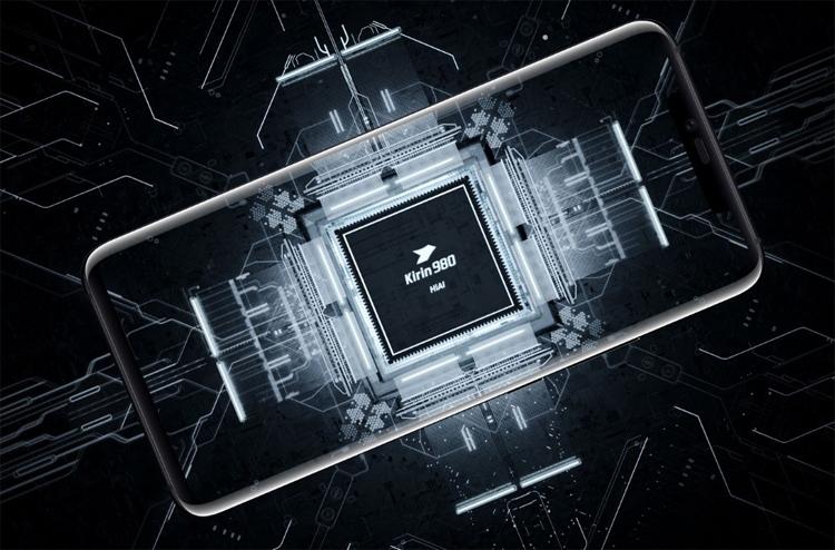 """Семь из десяти смартфонов Huawei в 2019 году будут использовать чипы Kirin"""""""