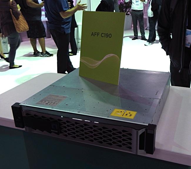 NetApp C190: компактная и ёмкая