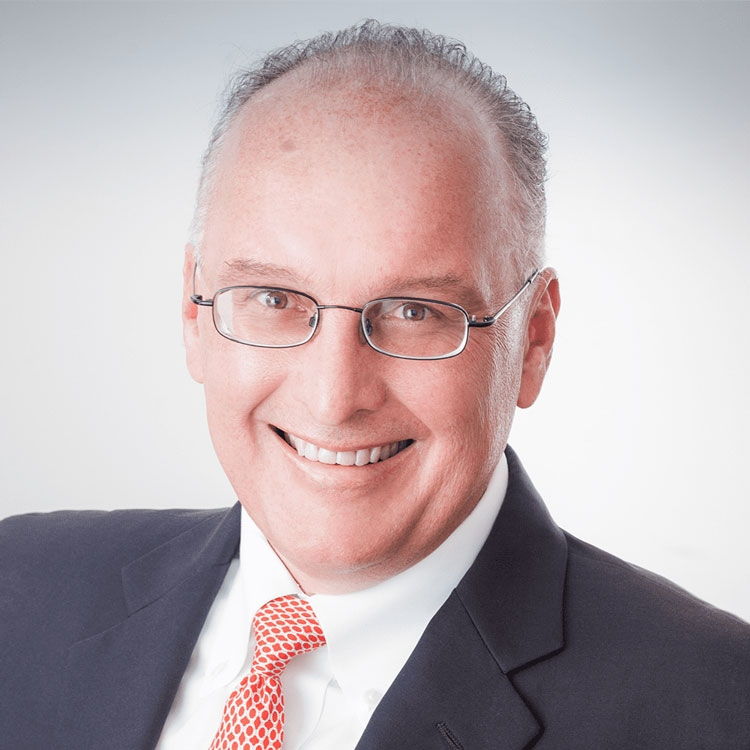 Генеральный директор компании Стив Миллиган (Steve Milligan)