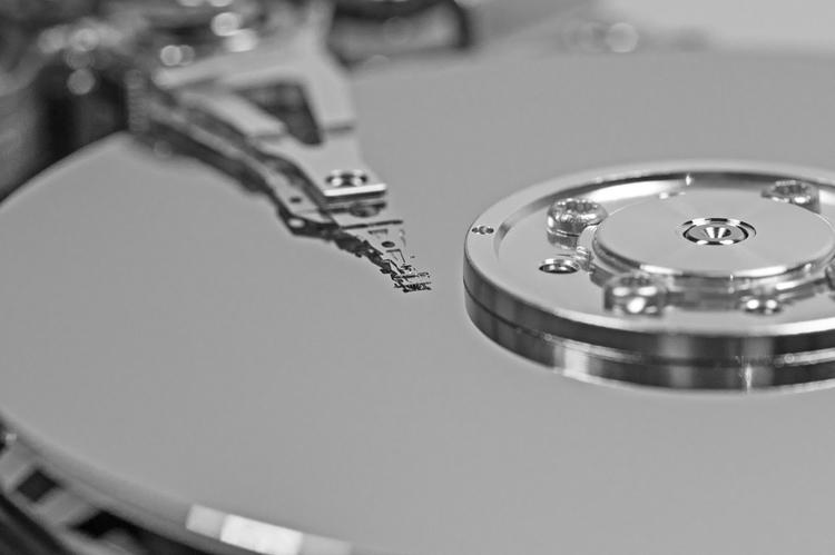 """Продажи жёстких дисков Western Digital падают: компания несёт убытки"""""""