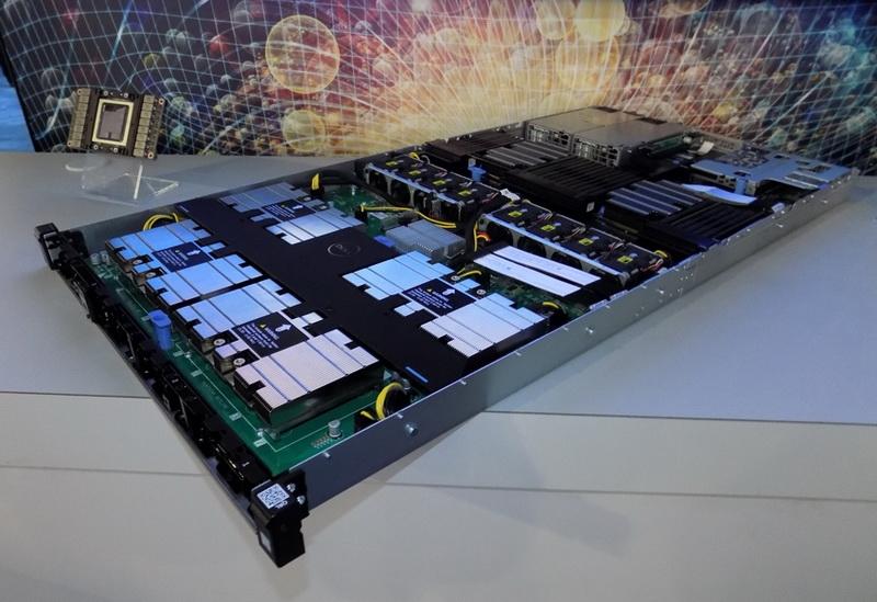 Сервер Dell EMC PowerEdge C4140. Видны радиаторы ускорителей V100. Источник: StorageReview.com
