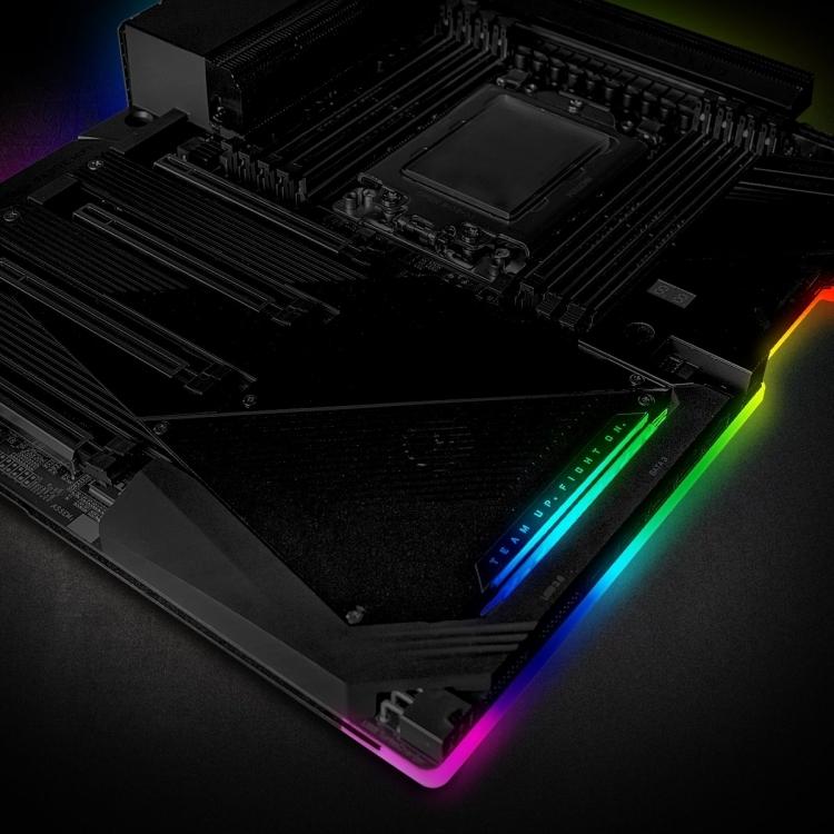 "Плата Gigabyte Aorus TRX40 Xtreme предложит мощную подсистему питания и Ethernet 10G"""