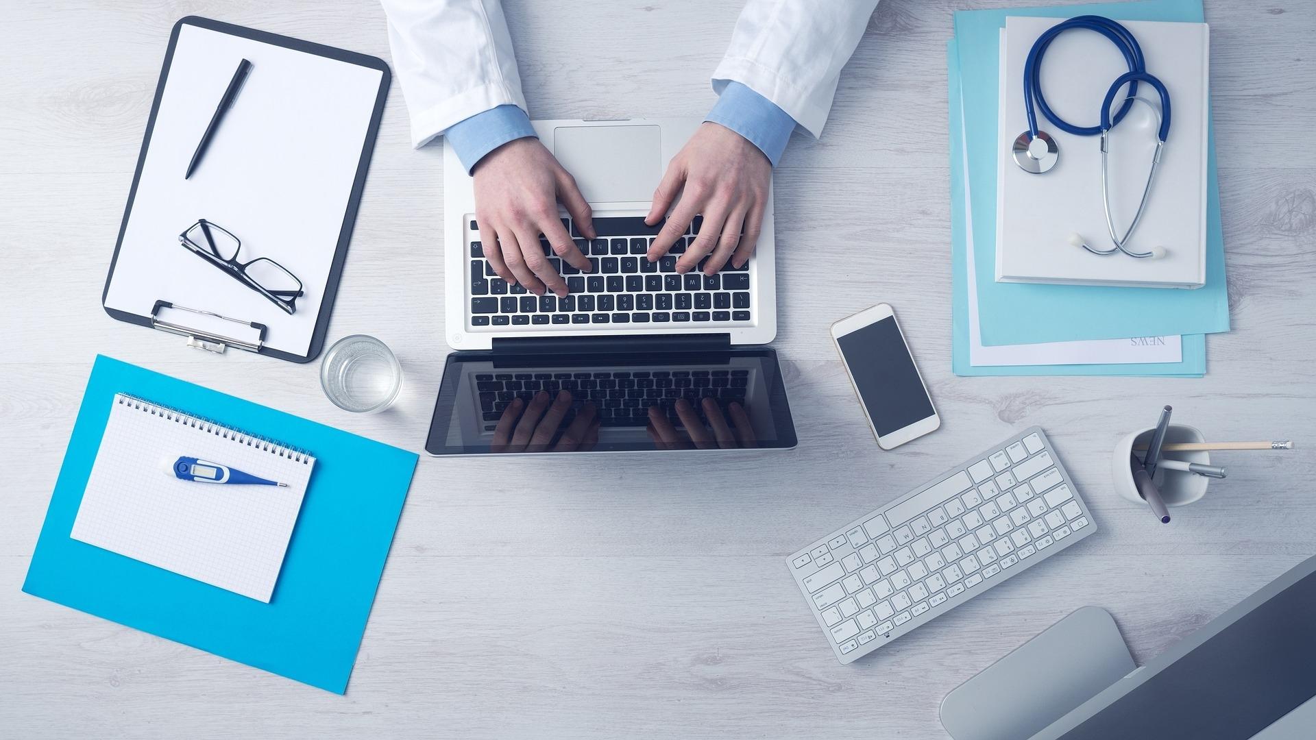 """Google хочет создать для врачей сервис поиска медицинских карт"""""""