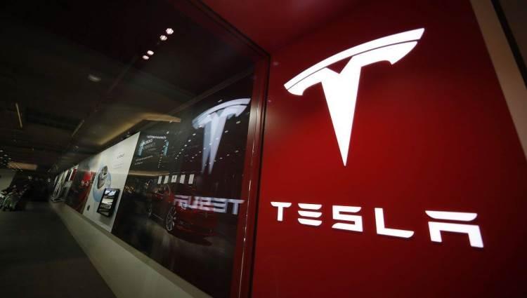 """Инженер из Краснодара отправил Илону Маску проект криптозащищённой ОС для Tesla"""""""