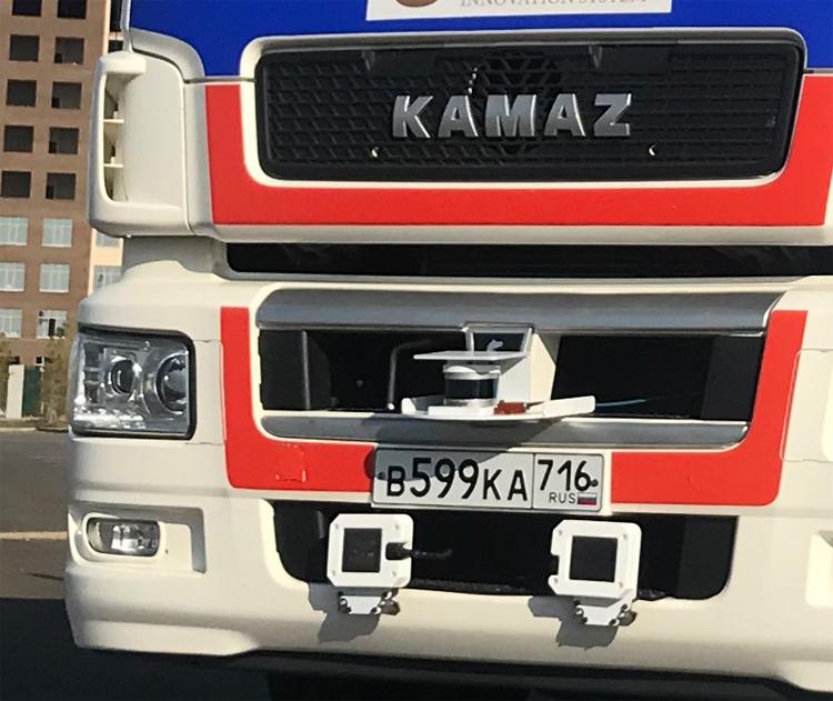 """Седельный тягач «КАМАЗ» оборудовали полноценным автопилотом"""""""