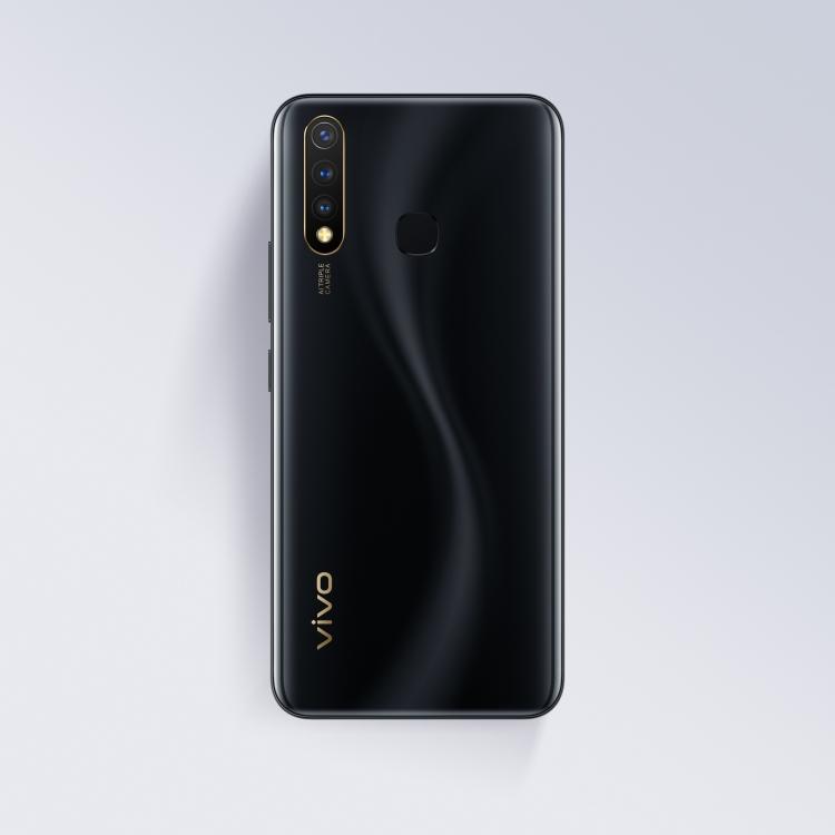 Vivo представила в России смартфон Y19